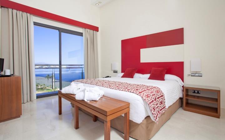 Habitación con vistas al mar del hotel Fuerte Estepona