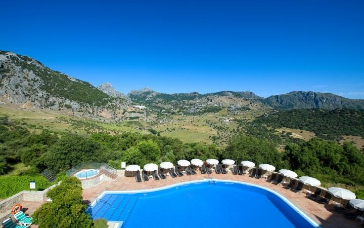 Hotel Fuerte Grazalema, en pleno Parque Natural