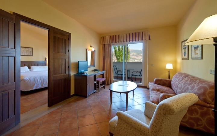 Habitaciones espaciosas y confortables en Fuerte Grazalema