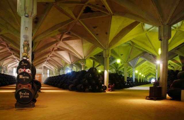 Bodegas de Jerez - Bodegas William &