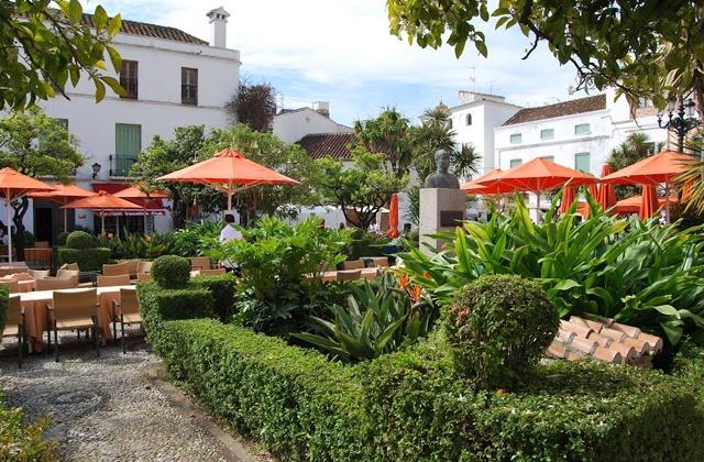 5 cosas que hacer en Marbella en invierno - Plaza de los Naranjos