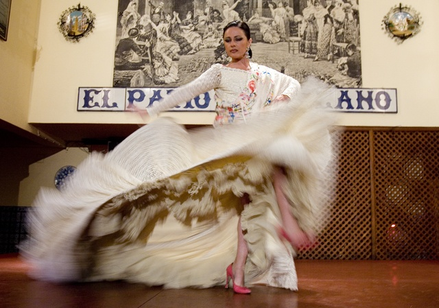 Where to See Flamenco in Andalucia - El patio sevillano (Sevilla) 2