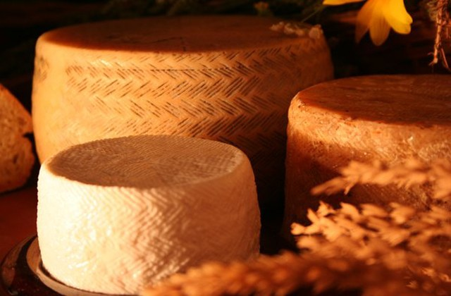 productos autóctonos - Malaguena_quesos_17_G