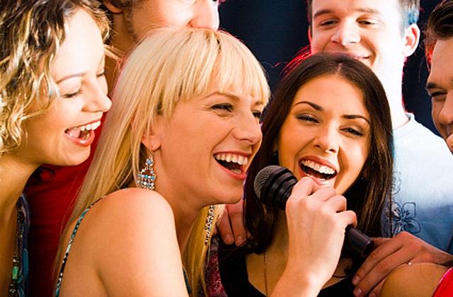 idées pour dîner d'entreprise - Concours de chant