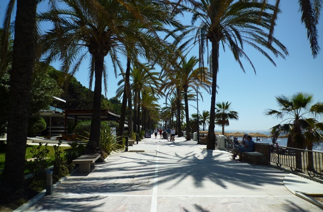 5 Things to do in Marbella in winter - Marbella's promenade