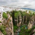 Visitez l'Andalousie depuis les airs dans une montgolfière et profitez de ses paysages des yeux d'un oiseau: Ronda