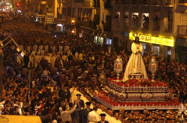 Las procesiones de Semana Santa en Andalucía - cautivo malaga