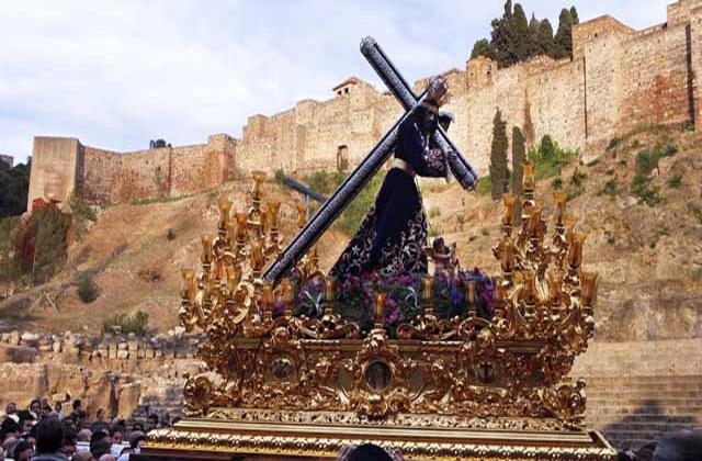 Easter Week processions- el rico