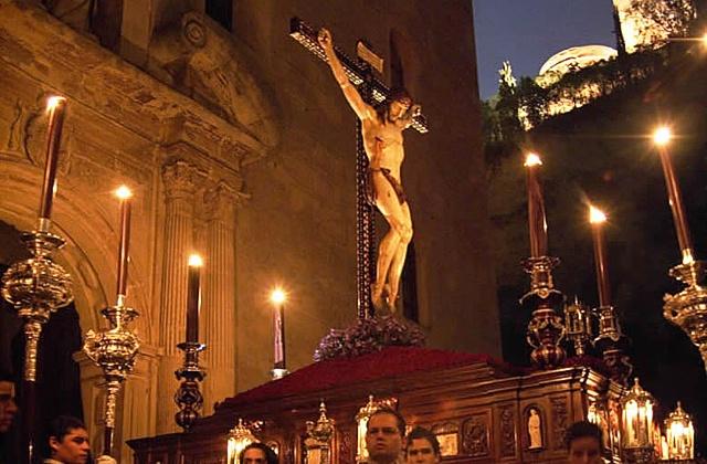 Easter Week processions- silencio granada