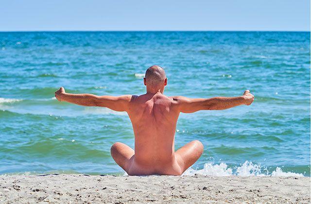 Yoga nudista