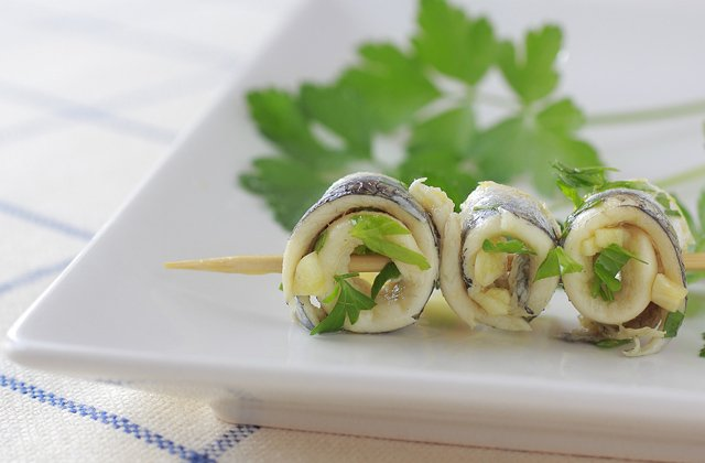 Andalucia refreshing recipes - Anchovies in vinegar.