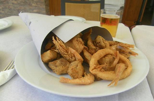 tapas à Málaga - pescaito frito