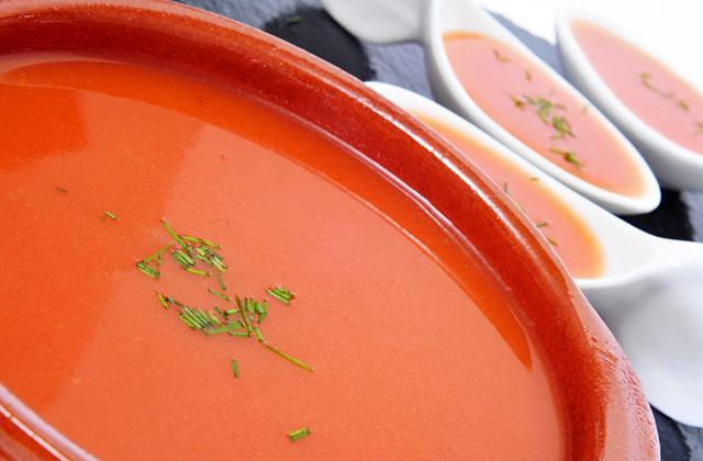 Gaspacho et salmorejo, les soupes froides les plus célèbres d'Andalousie: Gazpacho
