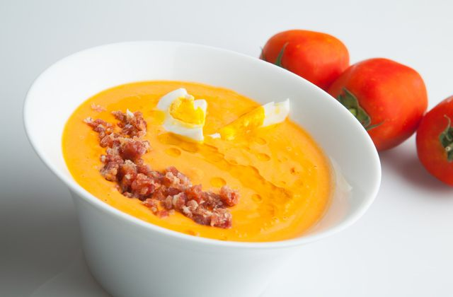 Gazpacho and salmorejo, the most famous summer soups in Andalusia:Salmorejo