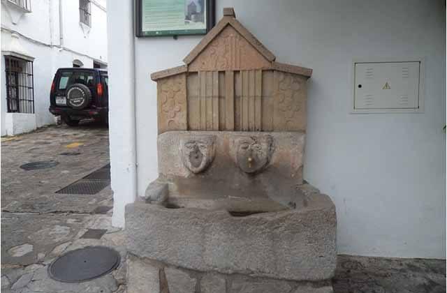 Fuente_de_la_Puentezuela_Grazalema