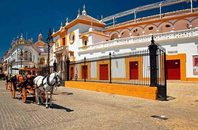 https://blog.fuertehoteles.com/wp-content/uploads/2014/09/Plaza-de-Toros-de-Sevilla