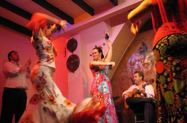 Cosas que hacer en Andalucía - Tablao Flamenco de Sevilla
