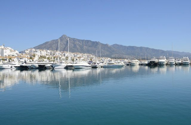 Cosas que hacer en Andalucía - Vistas de Puerto Banús, Marbella