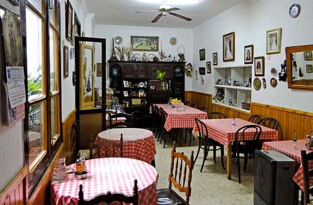 Restaurantes originales de Málaga - Fonda Casa Pepa, Carratraca
