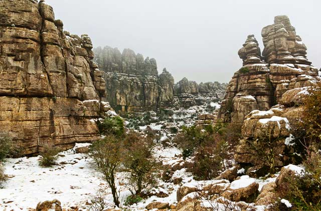 10 Routen, um den Schnee in Andalusien zu genießen - nieve el torcal