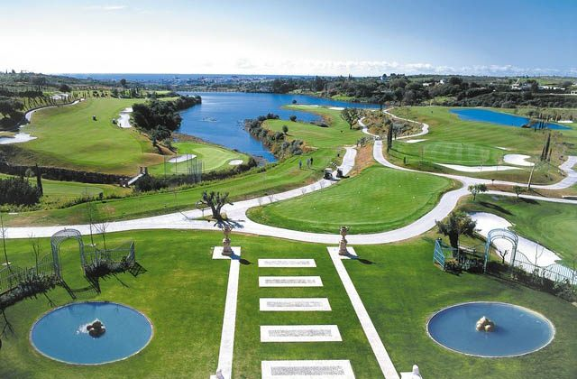 Wellness Marbella-Golf Courses. Photo: viajejet.com