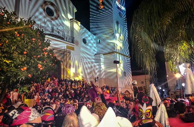 Fiestas curiosas - Nochevieja en Coín. Fotografía: coinenfotos.blogspot.com