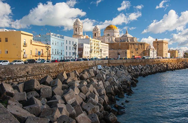 Cadix, une des capitales les plus charmantes d'Andalousie