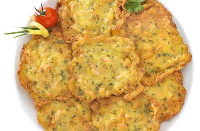 Cadiz carnival - Tortita de Camarones. Photo:cocina.org