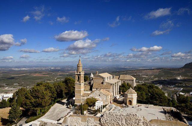 Medium-sized towns - Estepa. Photo: tuhistoria.org