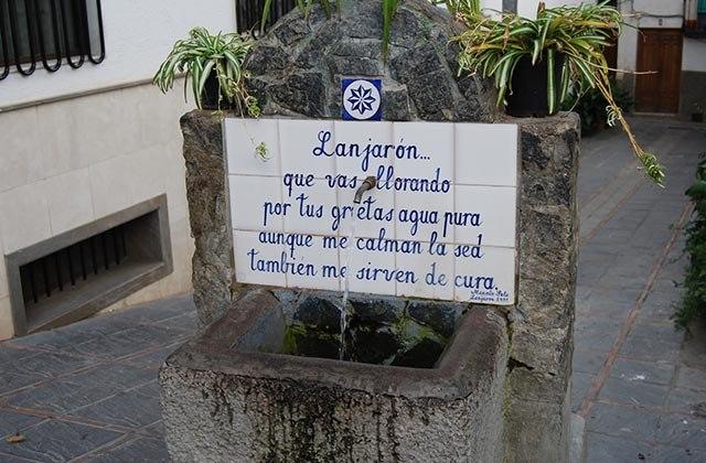Fuente en Lanjarón. Fotografía: milibrodebit-ac-orasyviajes.blogspot.com