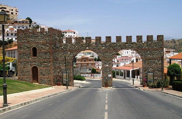 Ruta de la Pasa - Pueblo de Molinejo. Fotografía: gipweb.es