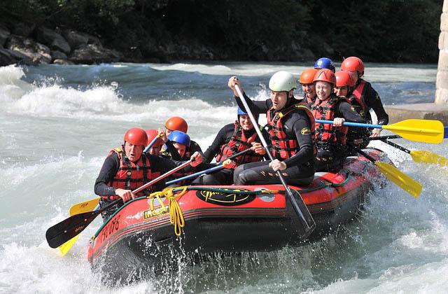 deportes de aventura en Málaga - Rafting en el río Genil