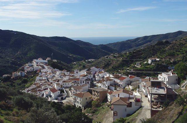 Ruta de la Pasa - Totalán. Fotografía: panoramio.com