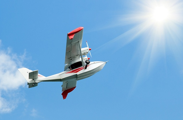 adventure sports in Malaga - Flight in a light aircraft from Vélez-Málaga
