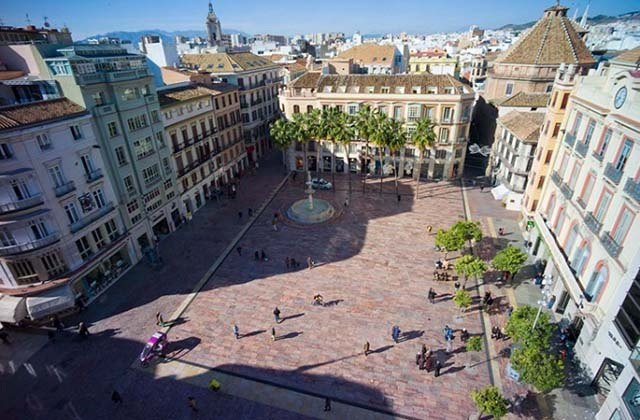 Málaga Day Trip - Constitution square in Málaga