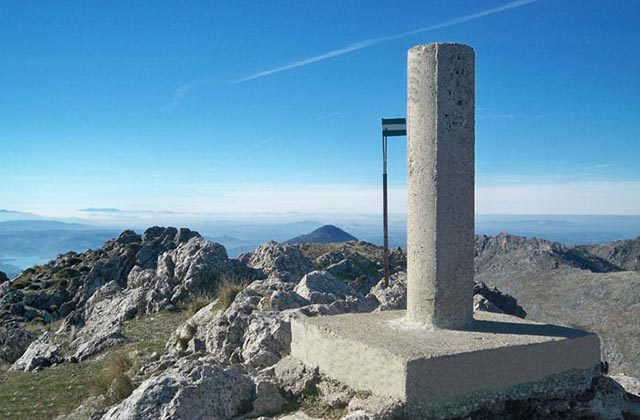 The top 8 peaks in Andalucia - La Tiñosa. Fotografía: aristasur.blogspot.com