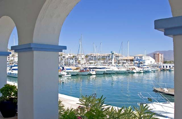 Los puertos marítimos y deportivos más bonitos de Andalucía - Puerto de Estepona