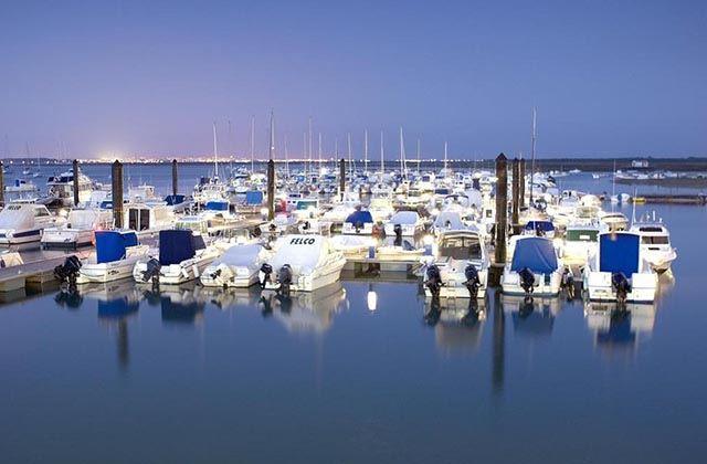 Los puertos marítimos y deportivos más bonitos de Andalucía - Los puertos marítimos y deportivos más bonitos de Andalucía - Puerto de Santipetri. Fotografía de Andalucia.org