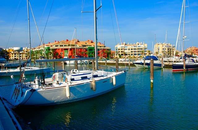 Los puertos marítimos y deportivos más bonitos de Andalucía - Puerto de Sotogrande