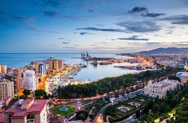 Málaga Day Trip - Avenida del Parque