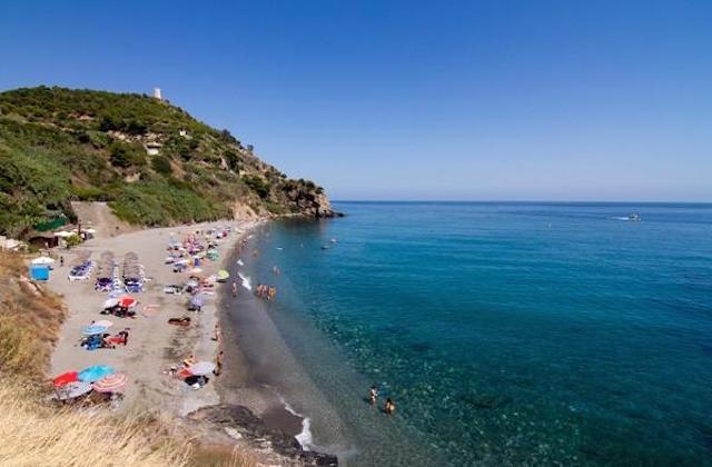 Playa de Maro. Fotografía de Nerja.com