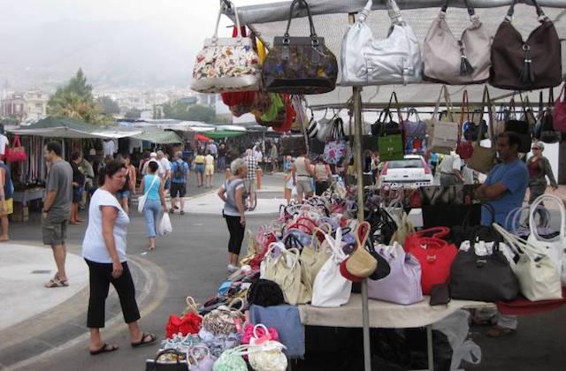 Conoce los mercadillos de la Axarquía malagueña - Rastro de Nerja. Fotografái de Nerjatoday.com
