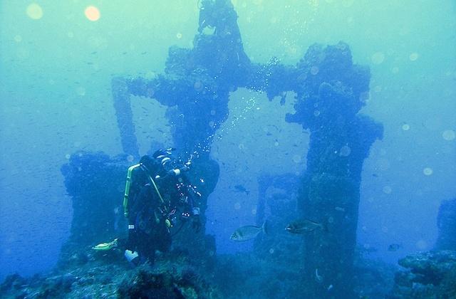 The best places to scuba dive, dive or snorkelling in Andalucia: Tarifa. Fotografia de www.sitiosdondebucear.com