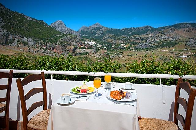 Terrace hotel Fuerte Grazalema