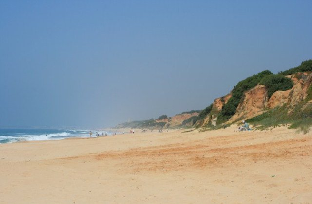 Plages de Conil de la Frontera - Playa de Roche. Fotografía de http-::guia-andalucia.com: