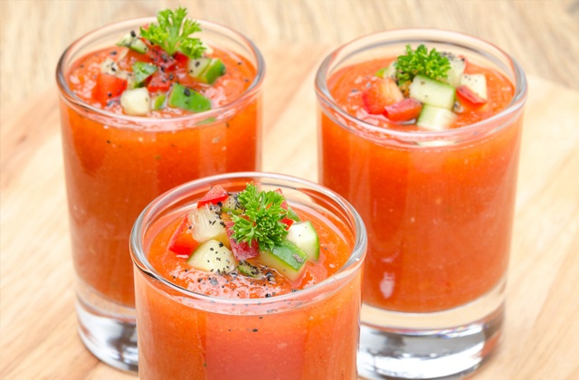Gazpacho and salmorejo, the most famous summer soups in Andalusia:Gazpacho