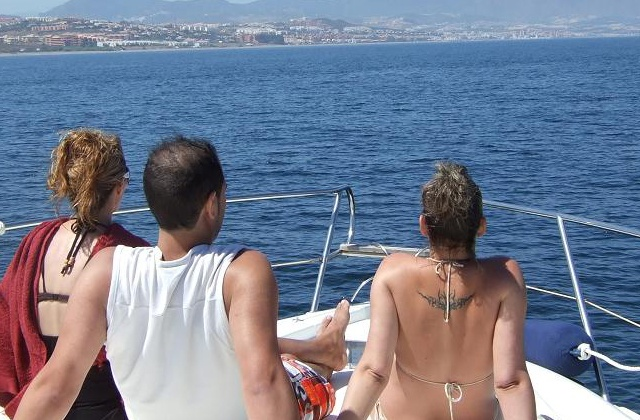 Things to do in Estepona: Paseo en barco