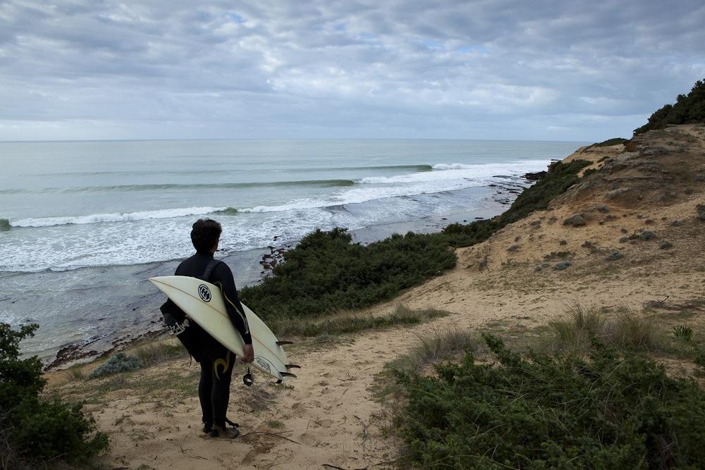 surfing in Andalucia - laya Yerbabuena, Barbate. Fotografía de wipeoutsurfmag.com