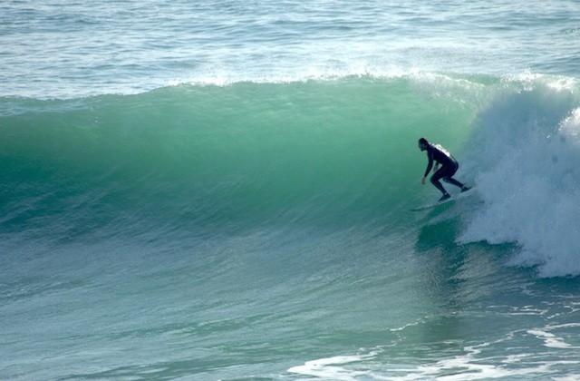 surfing in Andalucia - Playa Yerbabuena, Barbate. Fotografía southcoast.com