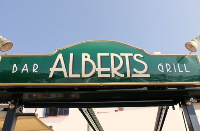 The best restaurants in Costa del Sol, the most authentic products of these roadside restaurants: Bar Alberts Grill